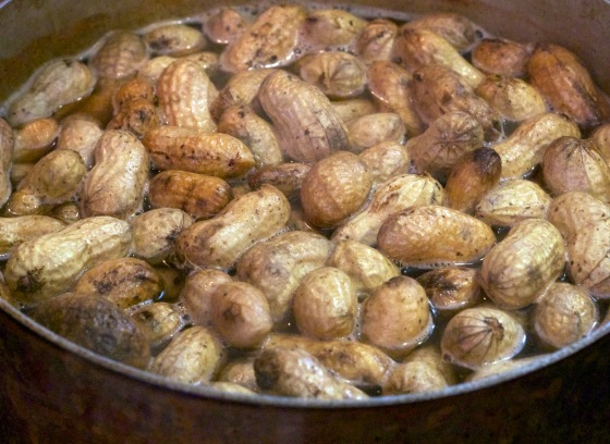 Boiling Peanuts